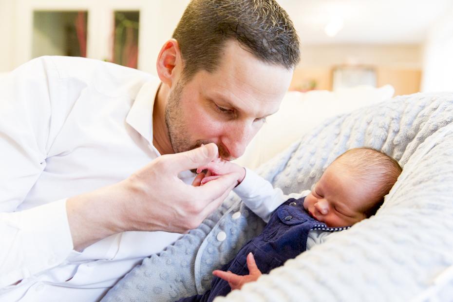 complicite-entre-papa-et-bebe