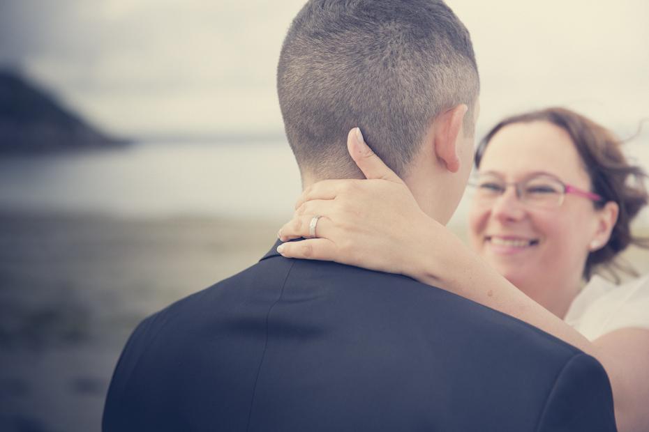 Détail d'un beau sourire de la mariée